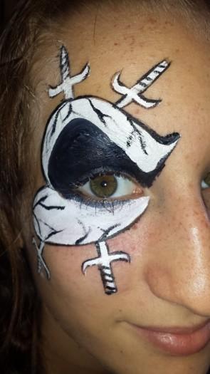 Skull eye face paint